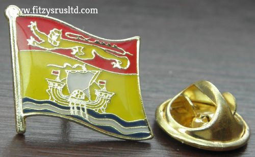 New Brunswick Flag Lapel Hat Cap Tie Pin Badge Nouveau-Brunswick Fredericton New